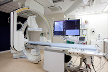 多目的血管造影装置