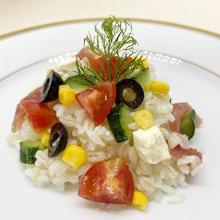 夏野菜のもち麦入りライスサラダ